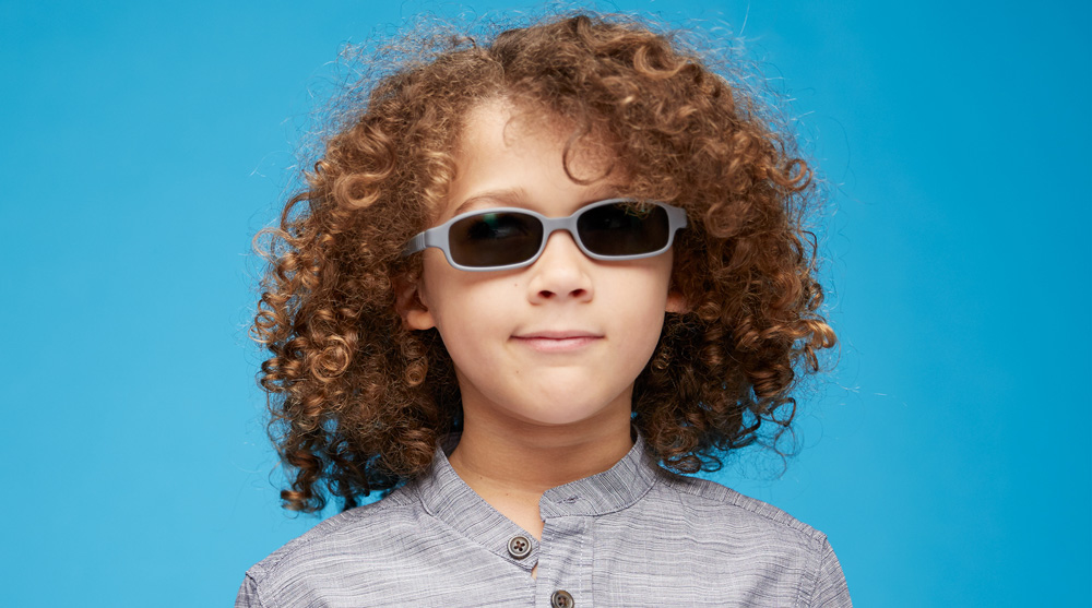 should child wear sunglasses