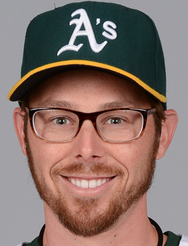 eric-sogard-baseball-headshot-photo