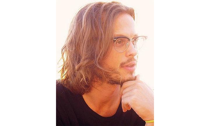 mens-long-hair-glasses